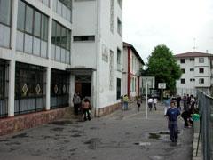 Hazkunde demografikoaren ondorioz 1970.ean eraikuntza berria egin zen.